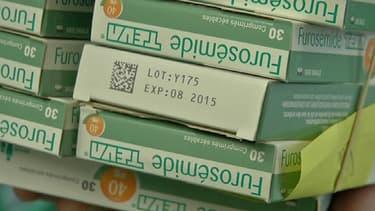 Des boîtes de Furosémide.