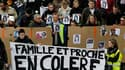 Marche silencieuse pour Laëtitia, la jeune fille disparue la semaine dernière en Loire-Atlantique et qu'un récidiviste est soupçonné d'avoir tuée. Nicolas Sarkozy devait réunir mercredi les ministres concernés pour lancer une réflexion sur de nouvelles me