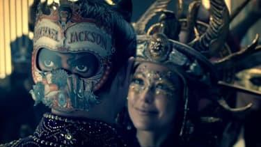 Clip de Behind the Mask