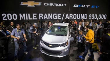 La Chevrolet Bolt annonce une autonomie de plus de 300km, soit une des meilleures du marché.