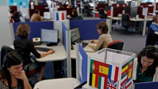 Les centres d'appel pourraient revenir en Europe, et surtout en Espagne où les salaires ont baissé de 5% en quatre ans.