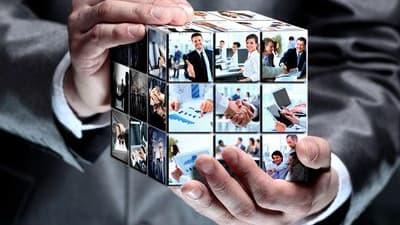 Les outils digitaux permettent aux groupes d'utiliser l'intelligence collective.