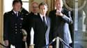 Valéry Giscard d'Estaing et Nicolas Sarkozy en visite à l'hôtel de la Marine, prestigieux bâtiment de la place de la Concorde à Paris, que l'état-major de la marine doit abandonner d'ici 2014. La commission présidée par Valéry Giscard d'Estaing a rendu lu