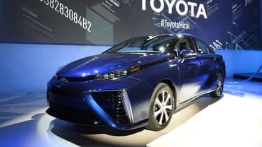 Pour faire face aux 1.500 commandes de sa Mirai, Toyota est contraint de faire patienter ses clients et d'élever sa cadence de production.