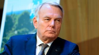 Le ministre des Affaires étrangères et du Tourisme Jean-Marc Ayrault, s'est exprimé en marge d'un déplacement dans le Val de Loire ce mardi.