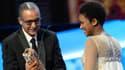 """Le Mauritanien Abderrahmane Sissako, ici avec Kessen Tall, est devenu vendredi le premier Africain à recevoir le César du meilleur réalisateur pour son film """"Timbuktu""""."""