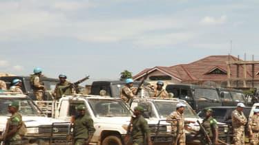 Des soldats congolais et des troupes des Nations unies dans le territoire de Beni, dans le Nord-Kivu, en République démocratique du Congo le 5 juin 2015 (photo d'illustration)