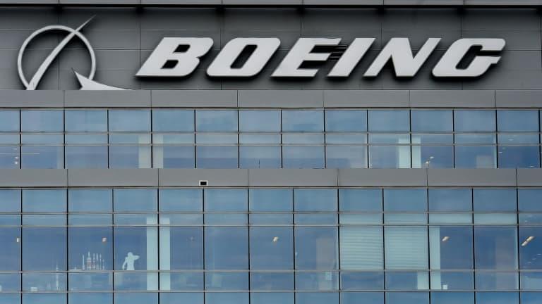 Boeing: les commandes d'avions surpassent les annulations pour la première fois depuis 2019 - BFMTV