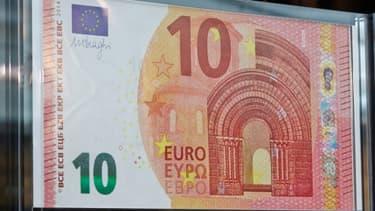 Le nouveau billet de 10 euros, à la sécurité renforcée, sera mis en circulation le 23 septembre.