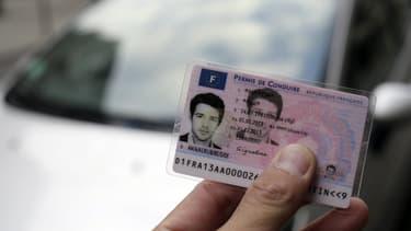"""Les épreuves théoriques comme pratiques du permis de conduire sont annulées """"pour une durée indéterminée""""."""