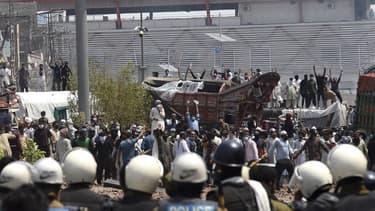 Des manifestations anti-France ont eu lieu dimanche 18 avril dans plusieurs villes au Pakistan alors qu'un groupe extrémiste appelle à la rupture des relations diplomatiques à Paris.