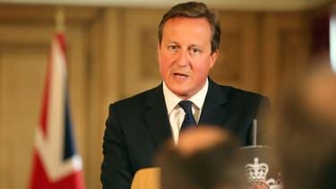 David Cameron le 29 août, expose la menace islamiste lors d'une conférence de presse au 10 Downing Street, à Londres.
