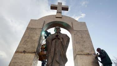 Le monument devra quitter le domaine public