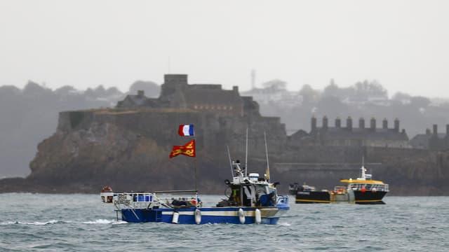 Le Royaume-Uni a publié une liste de 41 navires français, sur 344 demandes, autorisés à pêcher dans les eaux de Jersey, en imposant de nouvelles exigences