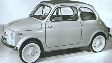 Lancée en 1957, la Fiat 500 célèbre ce 04 juillet son 60e anniversaire.