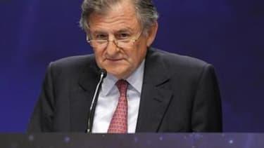 Le président du conseil de surveillance Jean-René Fourtou lors de l'assemblée générale 2010