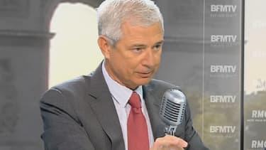 Le président de l'Assemblée nationale Claude Bartolone était l'invité Jean-Jacques Bourdin sur BFMTV et RMC mercredi.