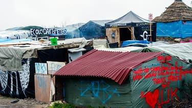 """La """"jungle"""" de Calais photographiée le 22 février 2016."""