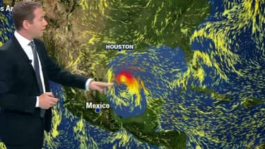 L'Ouragan Harvey fonce sur le Texas.