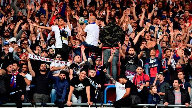 Des supporters parisiens sanctionnés contre Monaco