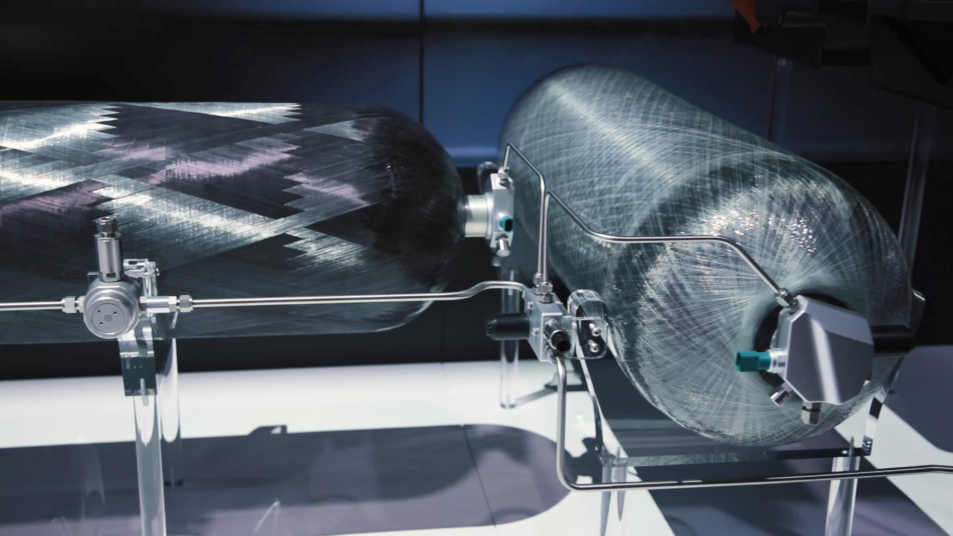 Faurecia va fournir à Renault des réservoirs pour véhicules à hydrogène - BFMTV