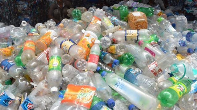 Les kiosques de récupération acceptent tout type de bouteille ou de flacon en plastique.