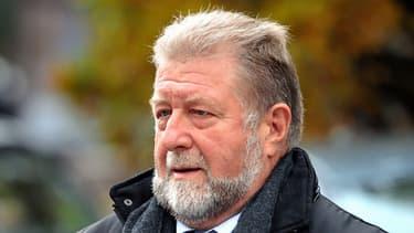 Jean-Pierre Kucheida, ancienne figure du PS dans le Nord-Pas-de-Calais, a été condamné à une amende de 30.000 euros pour abus de biens sociaux.