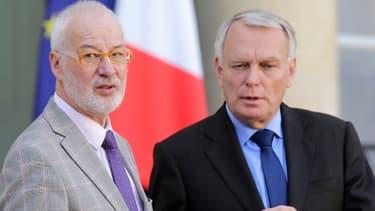 Jean-Marc Ayrault et Claudy Lebreton, le président de l'Assemblée des départements de France.