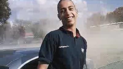 Mohamed Merah, après un rodéo en voiture, dans une vidéo datant de mars 2012 que France2 s'est procurée