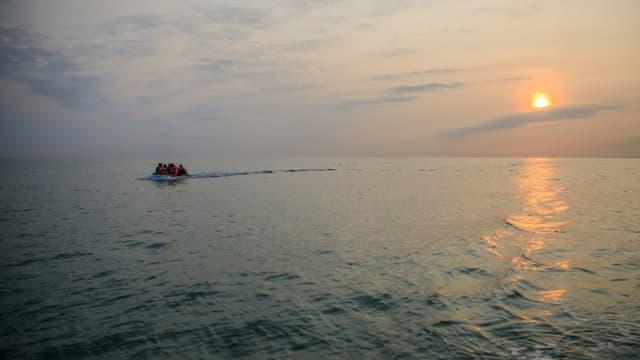 Des migrants traversent la Manche en direction de l'Angleterre le 11 septembre 2020