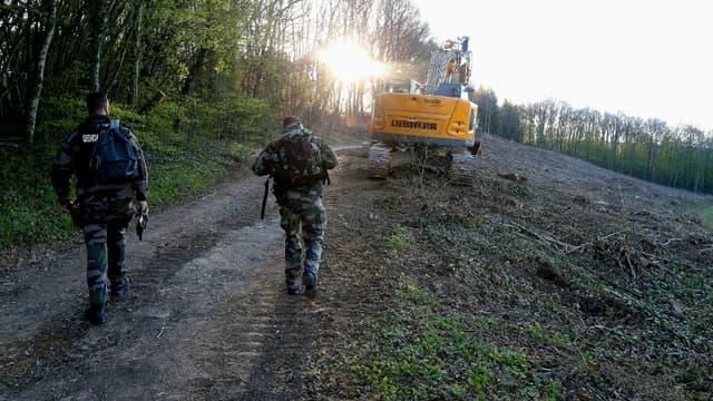 Poursuite des recherches du corps d'Estelle Mouzin,  le 26 avril 2021 à Issancourt-et-Rumel, dans les Ardennes