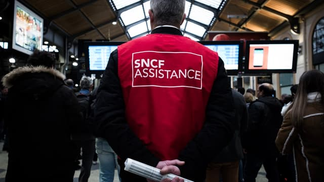 Les heures supplémentaires des cadres ayant participé à l'information des voyageurs pendant la grève vont être payées