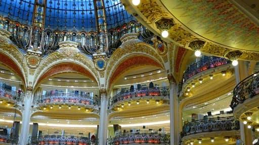 """Les Galeries Lafayette inaugurent en Chine, à Xidan, un temple de la mode, dans """"l'esprit Galeries""""."""
