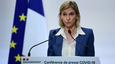 La ministre de l'Industrie Agnès Pannier-Runacher lors d'un bilan gouvernemental sur la situation sanitaire en France, le 4 février 2021 à Paris