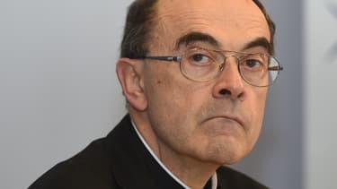 Le cardinal Barbarin est accusé d'avoir couvert des actes pédophiles.
