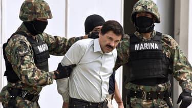 """Sept employés de la prison d'où s'est évadé le baron de la drogue mexicain """"El Chapo"""" ont été inculpés et incarcérés."""