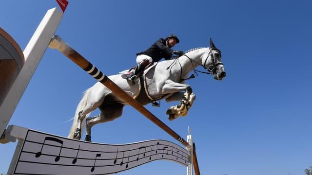 Philippe Rozier sur Rahotep, son cheval tombé malade
