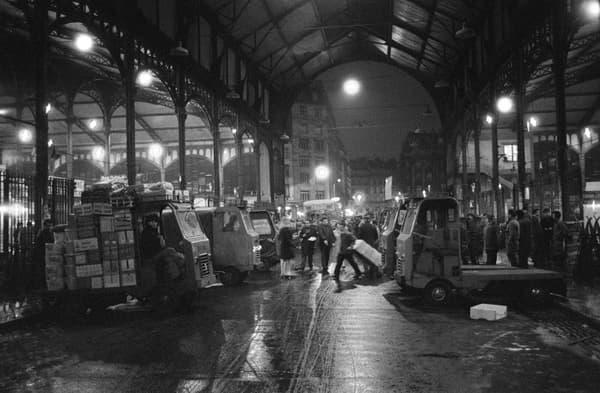 Le marché des Halles était installé sous plusieurs pavillons conçus par l'architecte Baltard au 19e.