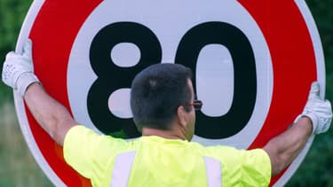 Les routes à deux voies non séparées passeraient toutes à 80 km/h de vitesse maximum