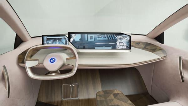 Le poste de conduite du BMW iNext