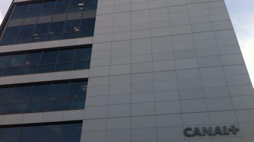 CanalSat veut proposer à ses abonnés en TNT payante de migrer vers le web