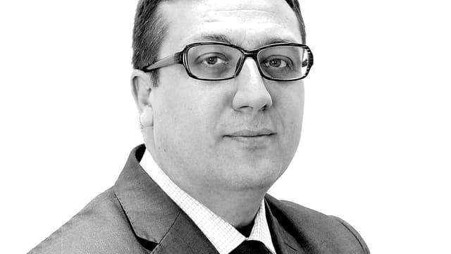 Eric Sensi Minautier est directeur des affaires publiques, juridiques et de la communication de British American Tobacco France.