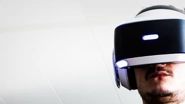 Vendu 400 euros, le PlayStation VR de Sony est le casque de réalité virtuelle le moins cher du marché.