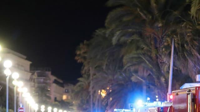 Les secours sur la Promenade des Anglais, jeudi 14 juillet à Nice.