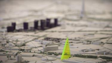 La maire de Paris qui défend bec et ongle le projet de Tour Triangle ne désarme pas.