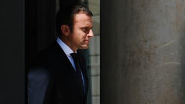 La baisse du nombre d'emplois aidés ne figurait pas dans le programme d'Emmanuel Macron.