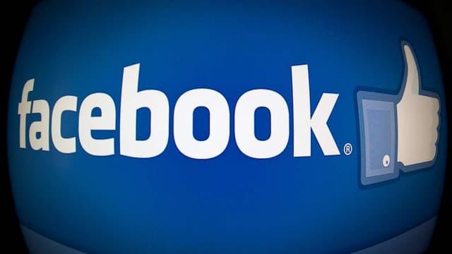 """Facebook indique que les procès contre les vendeurs de faux """"like"""" lui ont déjà rapporté 2 milliards de dollars."""