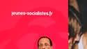 François Hollande à La Rochelle. Les candidats à la primaire socialiste en vue de l'élection présidentielle de 2012 ont défendu leurs chances vendredi à l'ouverture de l'université d'été de La Rochelle pour contrer des prédictions à leurs yeux trop favora