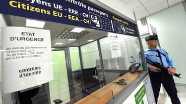 Le temps d'attente s'allonge au contrôle des passeports.