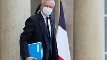 Le ministre de l'Economie Bruno Le Maire à la sortie de l'Elysée, le 6 janvier 2021 à Paris